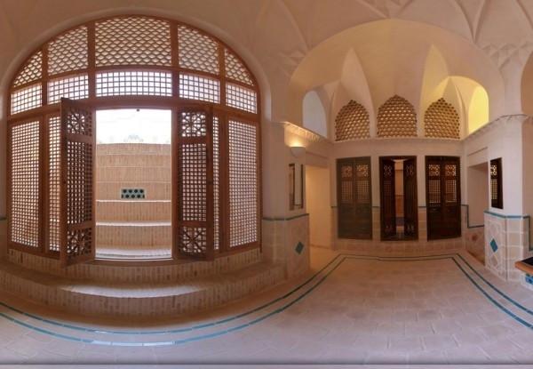 هتل-تاریخی-ایرانی