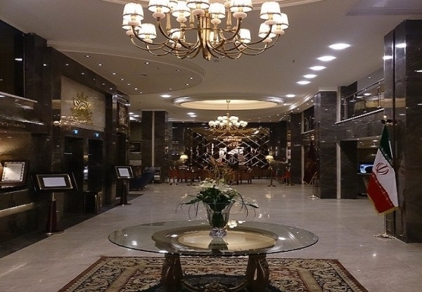 هتل ایران زمین